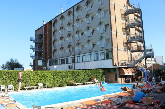 Sea Front Hotel with Restaurant Bar and Swimming Pool Comacchio